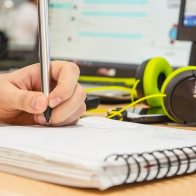 What's the Deal with Studying While Playing Music?
