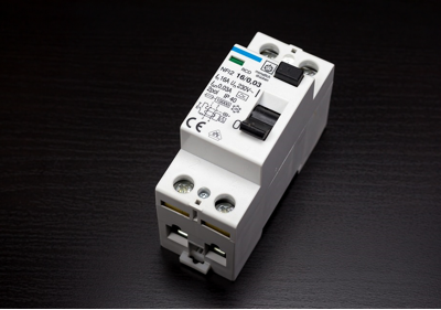 A Miniature Circuit Breaker And A Fuse: What Is The Difference?
