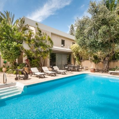 Is A Vacation Villa Rental Option Right For You And Your Family