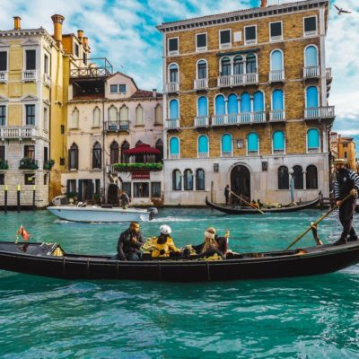 Travel to Venice: A Handy Guide