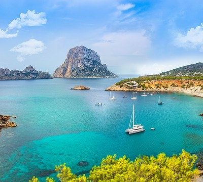 Finding the best travel deals for Majorca