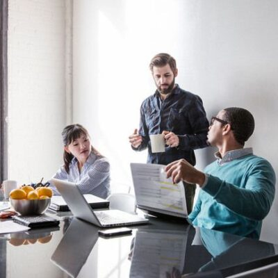 Tips for Effectively Managing Employees in the Field