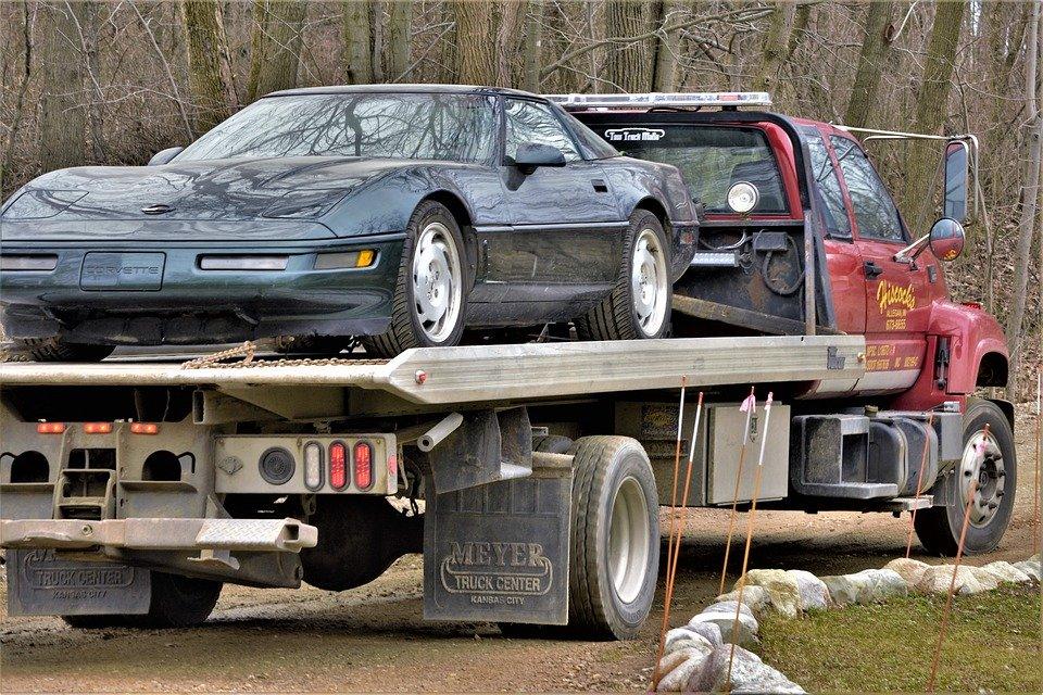 Corvette, Broken, Needs Repair, On Truck, Vehicle