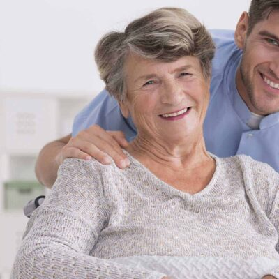 6 Signs Your Aging Parent Needs Long-Term Care