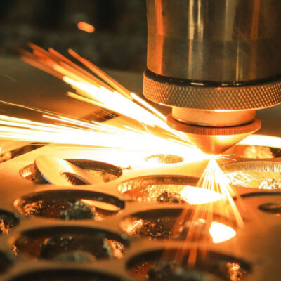 How to Choose the Best Laser Cutting and Forming Machine
