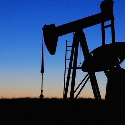 Understanding Invoice Factoring for Oil and Gas Providers